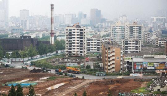 분주해진 강남 재건축단지… 둔촌주공, 긴급이사회 소집